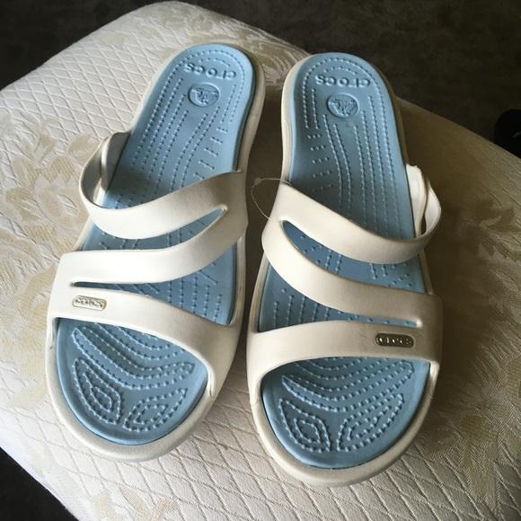 ad8471fb76cb BRAND NEW Crocs Sandals Wide Width